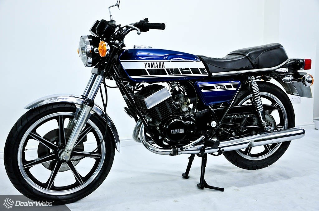 Yamaha rd400 for sale in oldham lancashire for Yamaha motorcycles near me