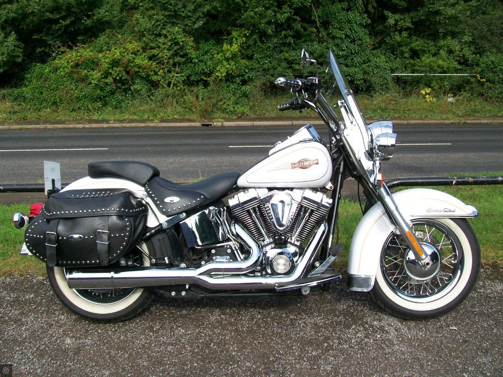 harley davidson softail flstc heritage softail classic for sale in abingdon oxfordshire. Black Bedroom Furniture Sets. Home Design Ideas