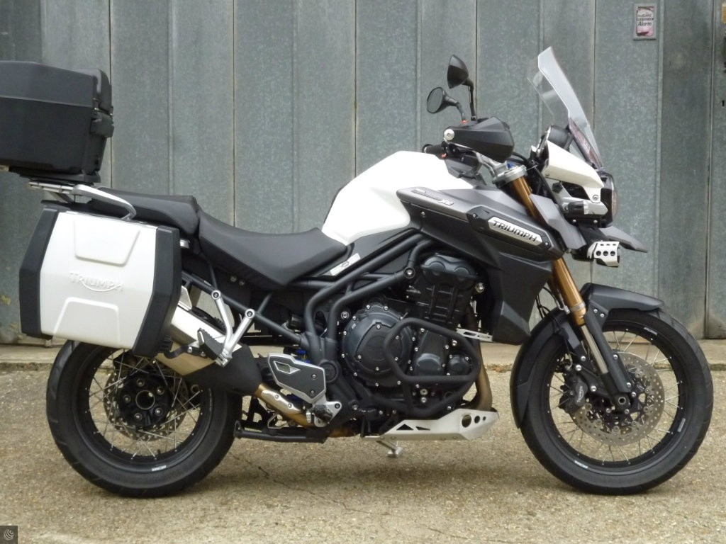 triumph tiger explorer 1200 for sale in wokingham berkshire. Black Bedroom Furniture Sets. Home Design Ideas