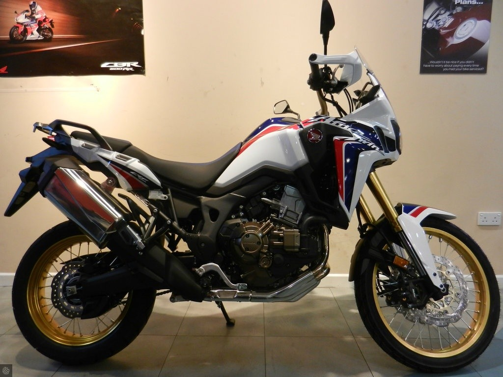 used honda crf1000l africa twin for sale in bristol south west. Black Bedroom Furniture Sets. Home Design Ideas