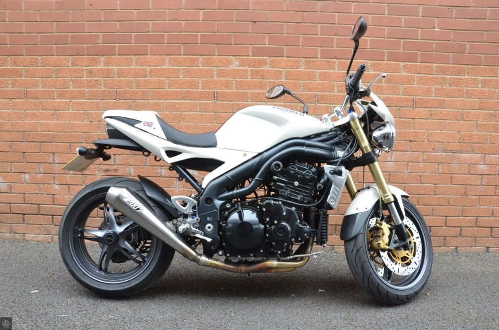 triumph speed triple 1050 for sale in bedworth warwickshire. Black Bedroom Furniture Sets. Home Design Ideas
