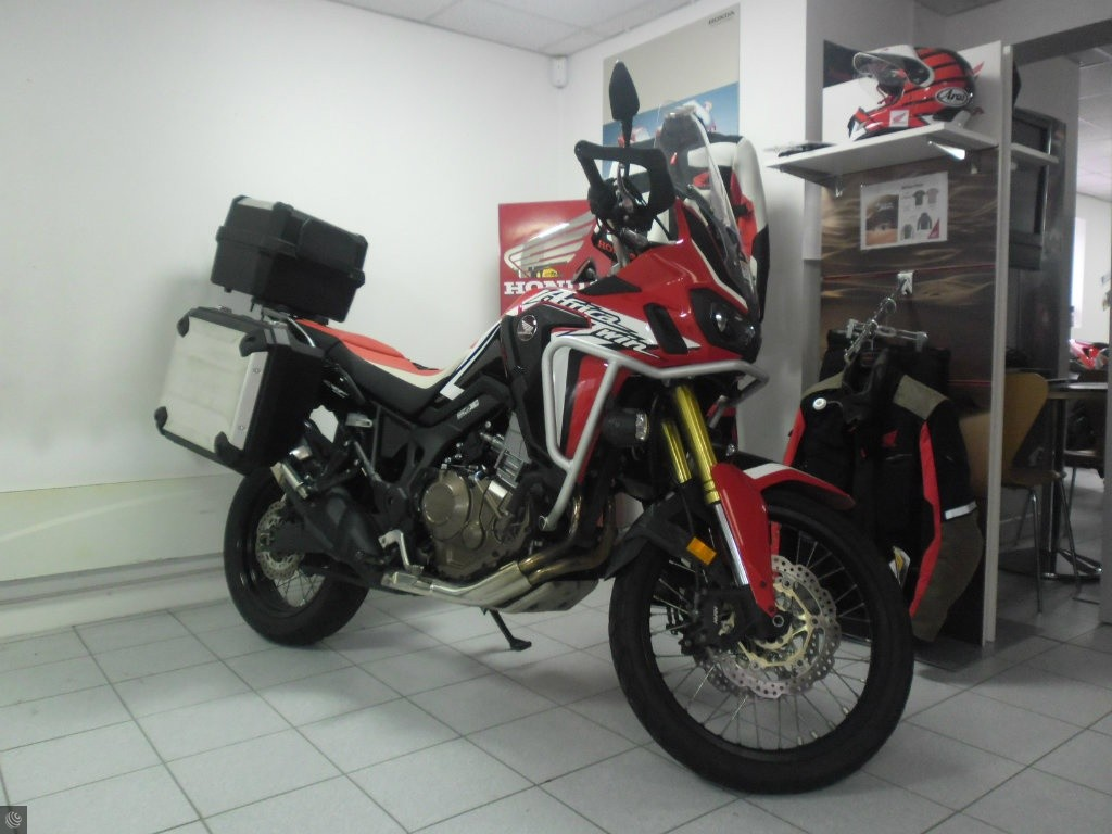 honda crf1000l africa twin for sale in stratford upon avon warwickshire. Black Bedroom Furniture Sets. Home Design Ideas