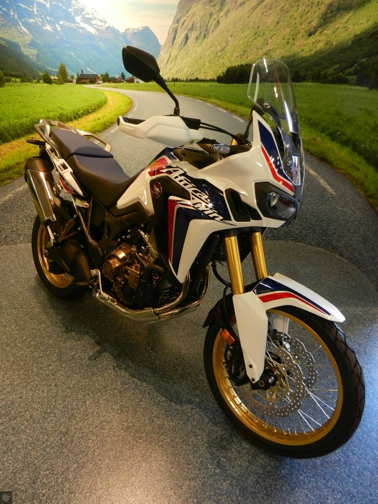 honda crf1000l africa twin bikes for sale used. Black Bedroom Furniture Sets. Home Design Ideas