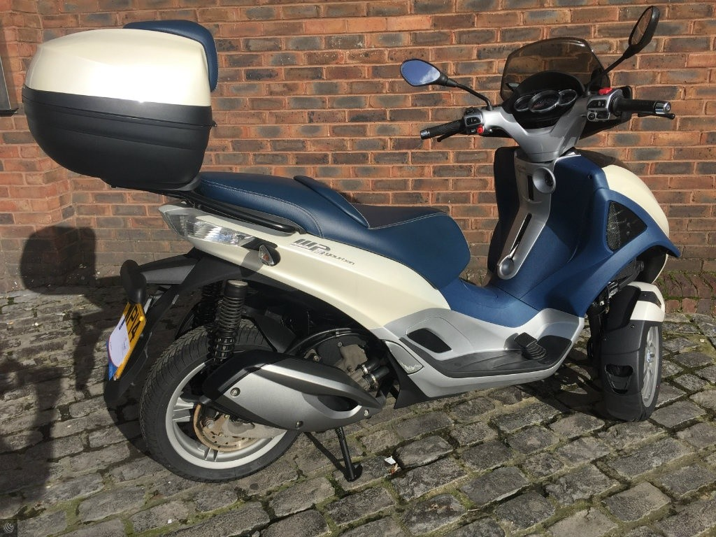 used piaggio mp3 lt 300 for sale in bristol south west. Black Bedroom Furniture Sets. Home Design Ideas