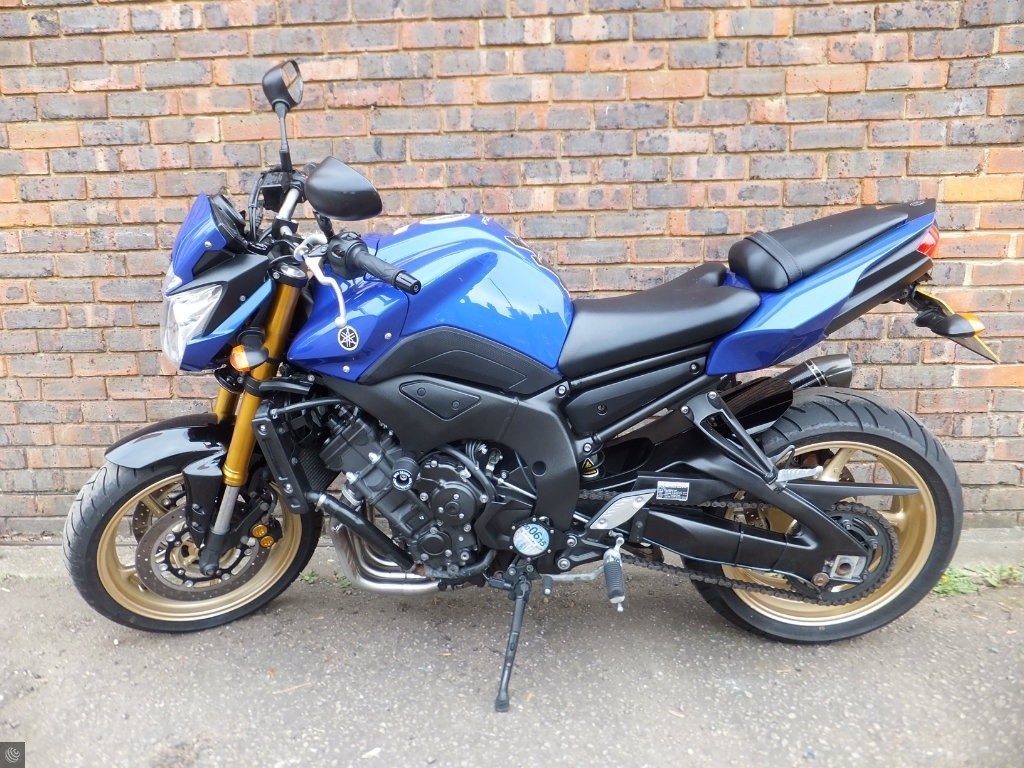 Yamaha fz8 for sale in guildford surrey for Yamaha fz8 for sale