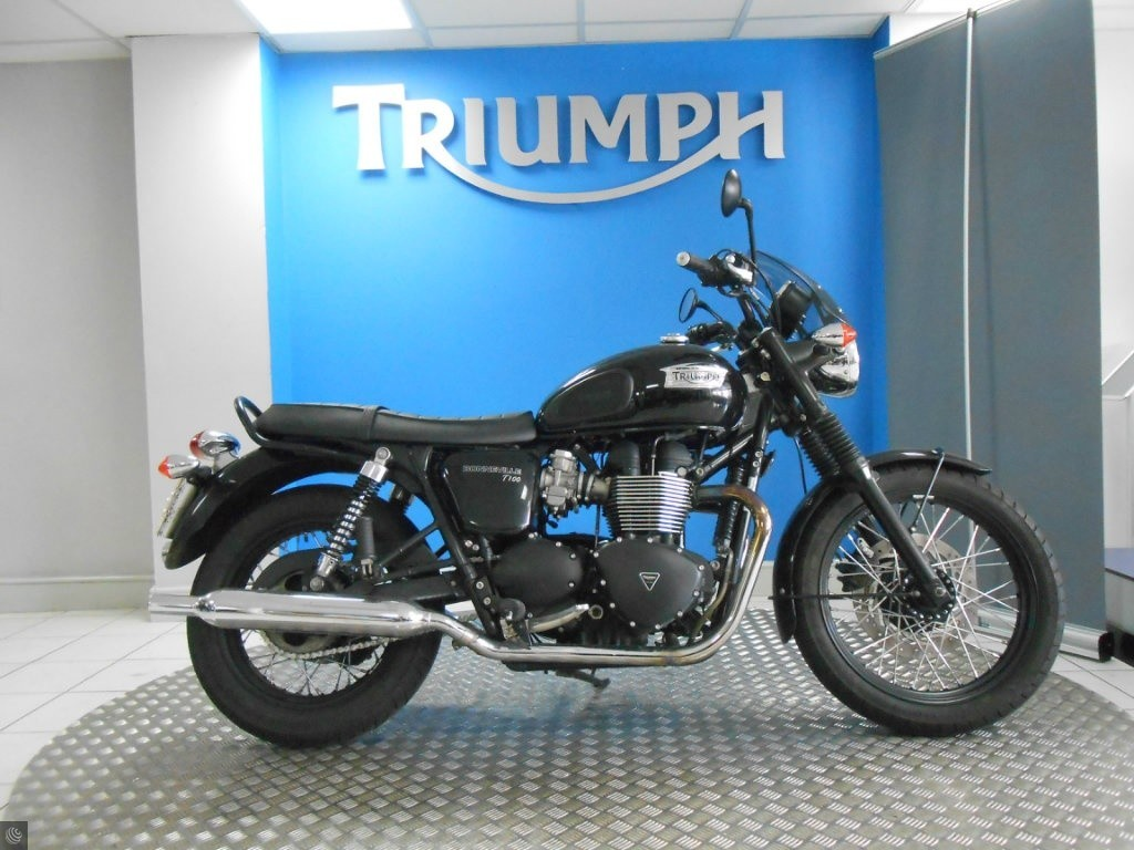 Triumph Bonneville T100 For Sale In Stratford Upon Avon Warwickshire